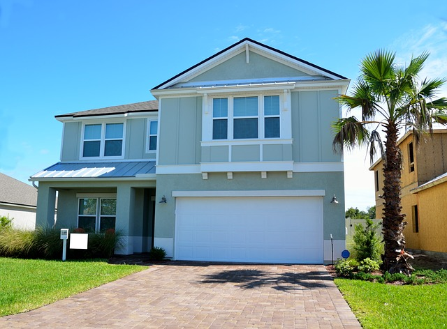 How Many Homes Are There In Ft Lauderdale?